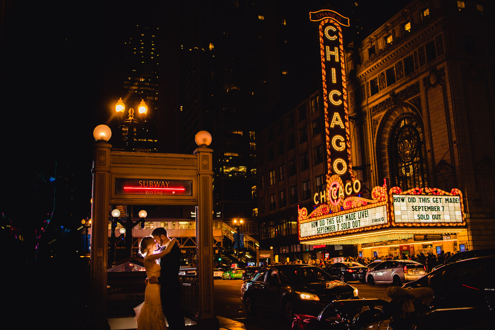 Chicago Theater Wedding Photo