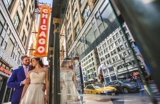 Chicago Theater Wedding Photo